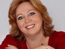 Karen-Marie Lillelund - humoristisk foredrag - foredragsholder - E-ntertainment.dk