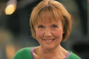 Lola Jensen - foredragsholder - foredrag - e-ntertainment.dk