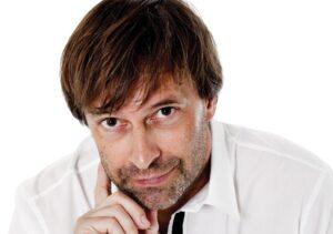 Martin Brygmann - comedy, musik, foredrag - E-ntertainment.dk